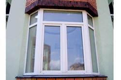Пластиковые окна Rehau эркер