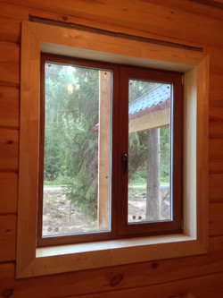 Laminirovannye okna Zolotoj dub