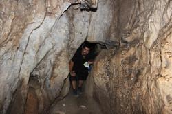 Pasos más estrechos en la cueva
