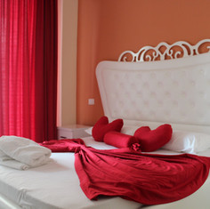 Double room Hotel Garden  Radhime Vlore.