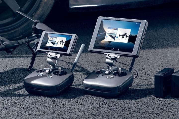dji-crystalsky-7-85-monitor-kit-for-phantom-4-series-inspire-series-or-matrice-series-785csbundle1-d