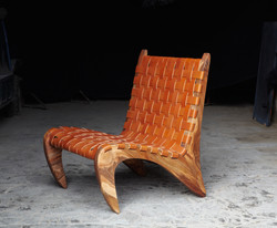 1_Golgi_Chair