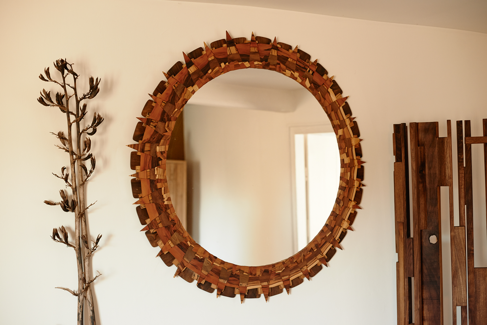 Chaotic Mirror