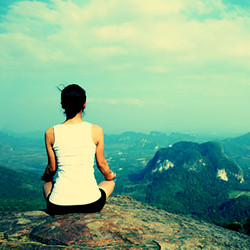 rsz_meditate_on_top_of_mountain-e1430448160382