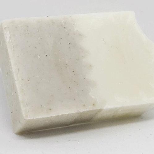 savon l'Ylang 100g (sans emballage)