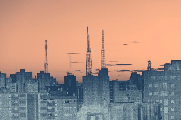 Amanecer y torres
