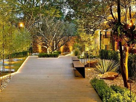 A importância da iluminação de jardins