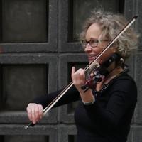 Antje Vetter  AVAH String Duo  Foto: Marie FassŸbender