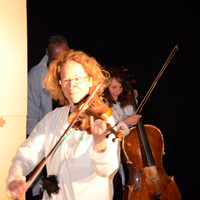 Theater Im Zelt  Antje Vetter, Beate Wolff Stück: Die Erzählapotheke Foto: Bettina Reck