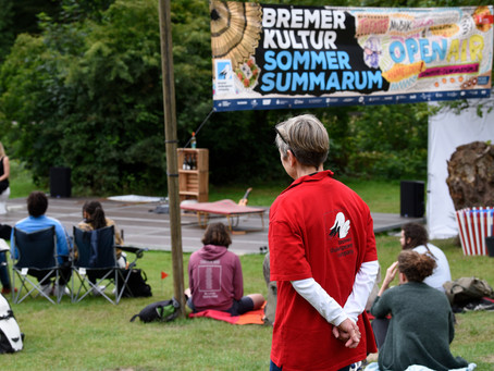 Covid-19? No Problem for Midsummer: A Play with Songs