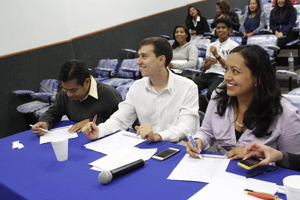 Capacitador Debate en México