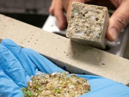 Envases de vidrio no reciclables se están transformando en concreto.