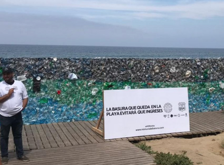 Levantan muro de basura en Playas de Tijuana.