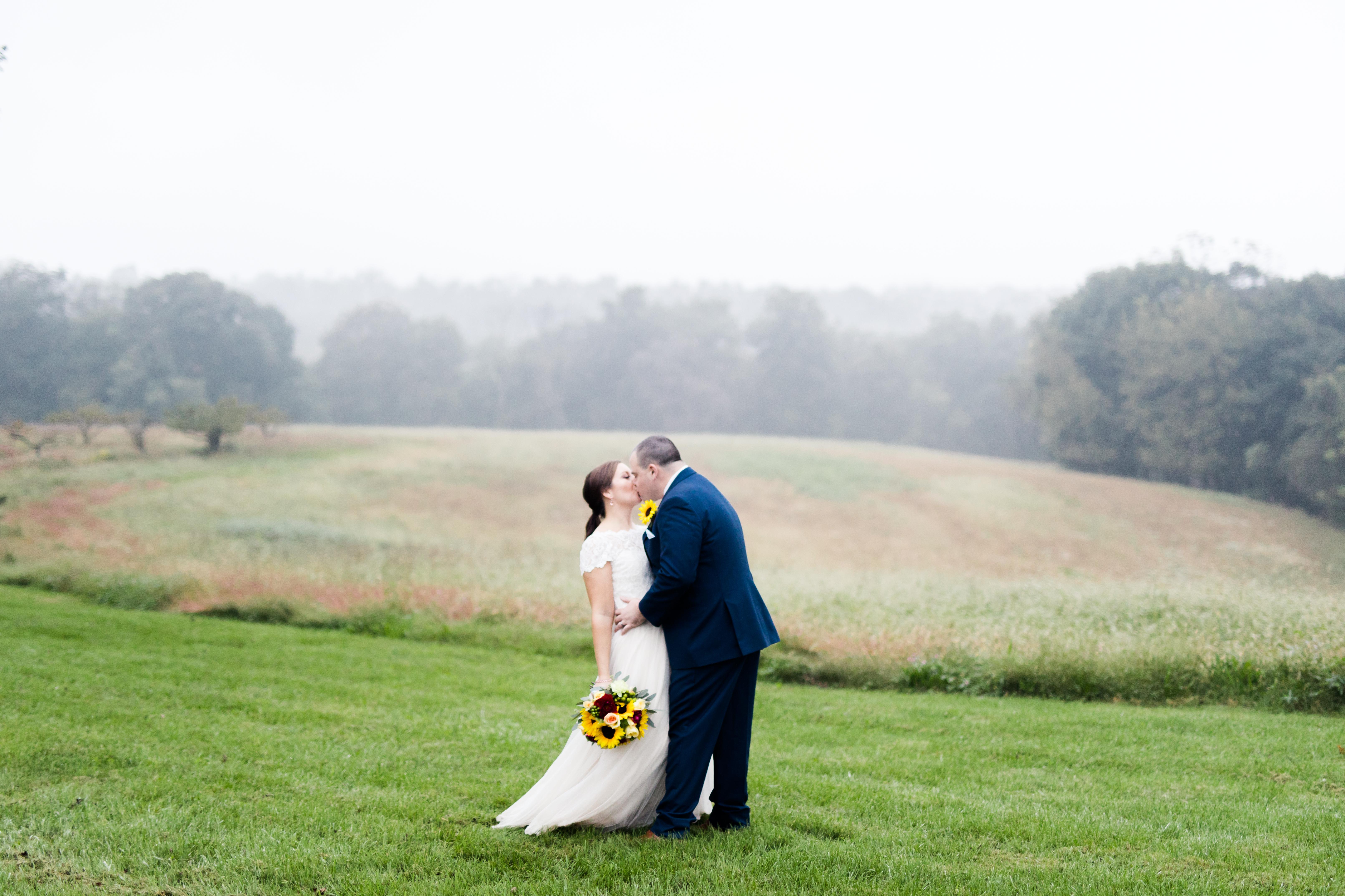 wedding-party-monterre-vineyards-wedding