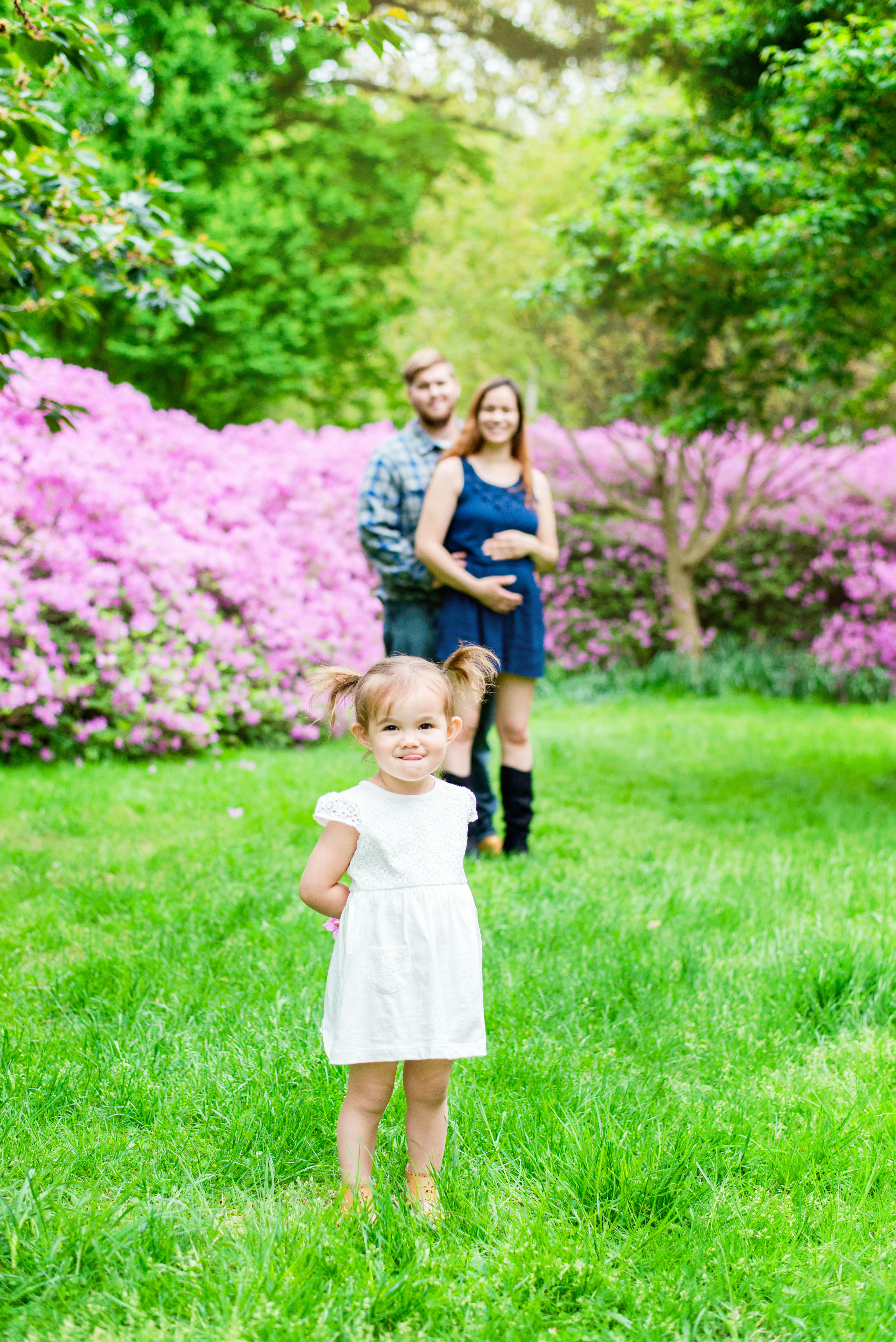 Family_Maternity_Pregnancy_ Reveal_Portrait_Session_Andrea_Krout_Photography_Morris_Arboretum-15