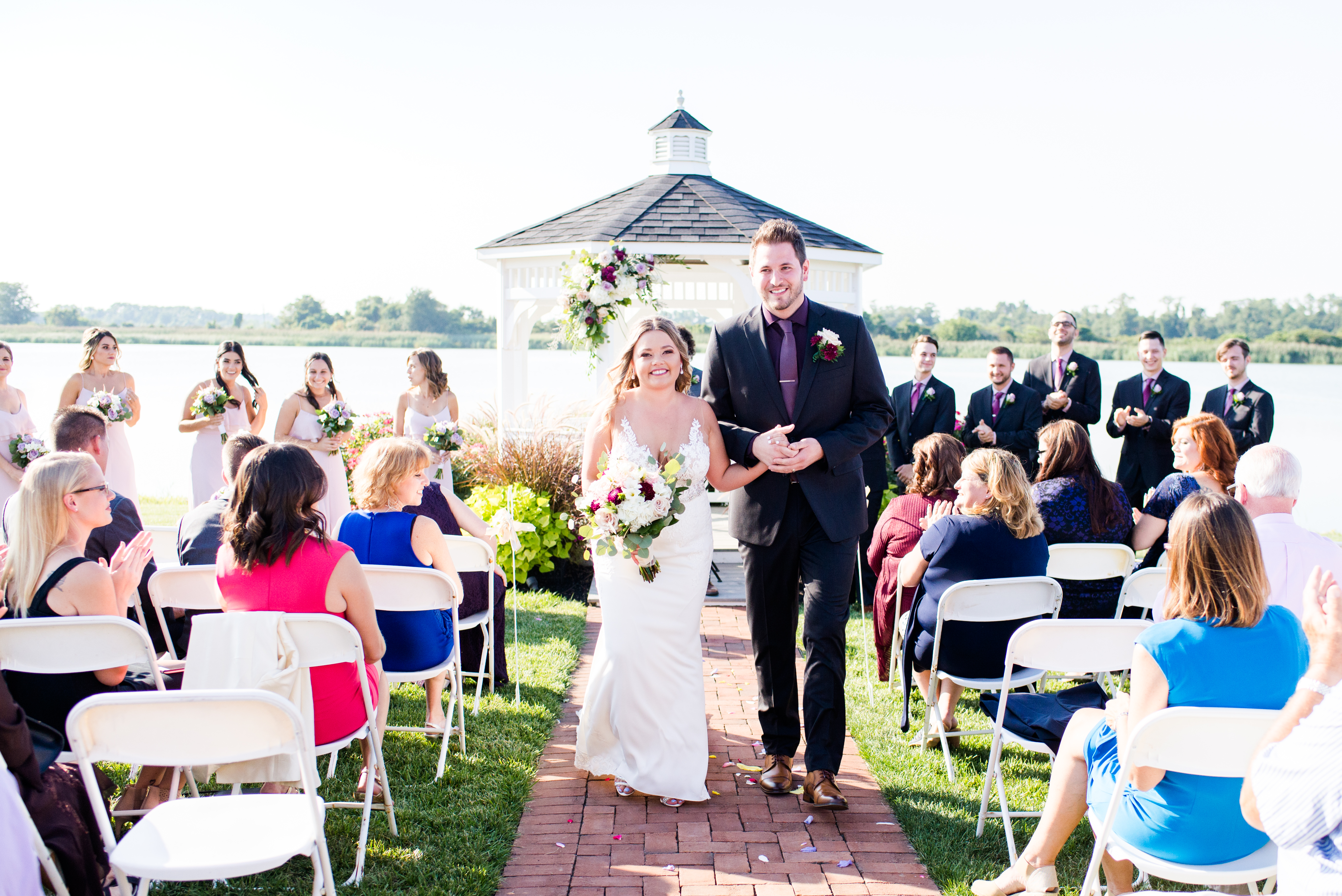 ceremony-thousand-acre-barn-wedding-andr