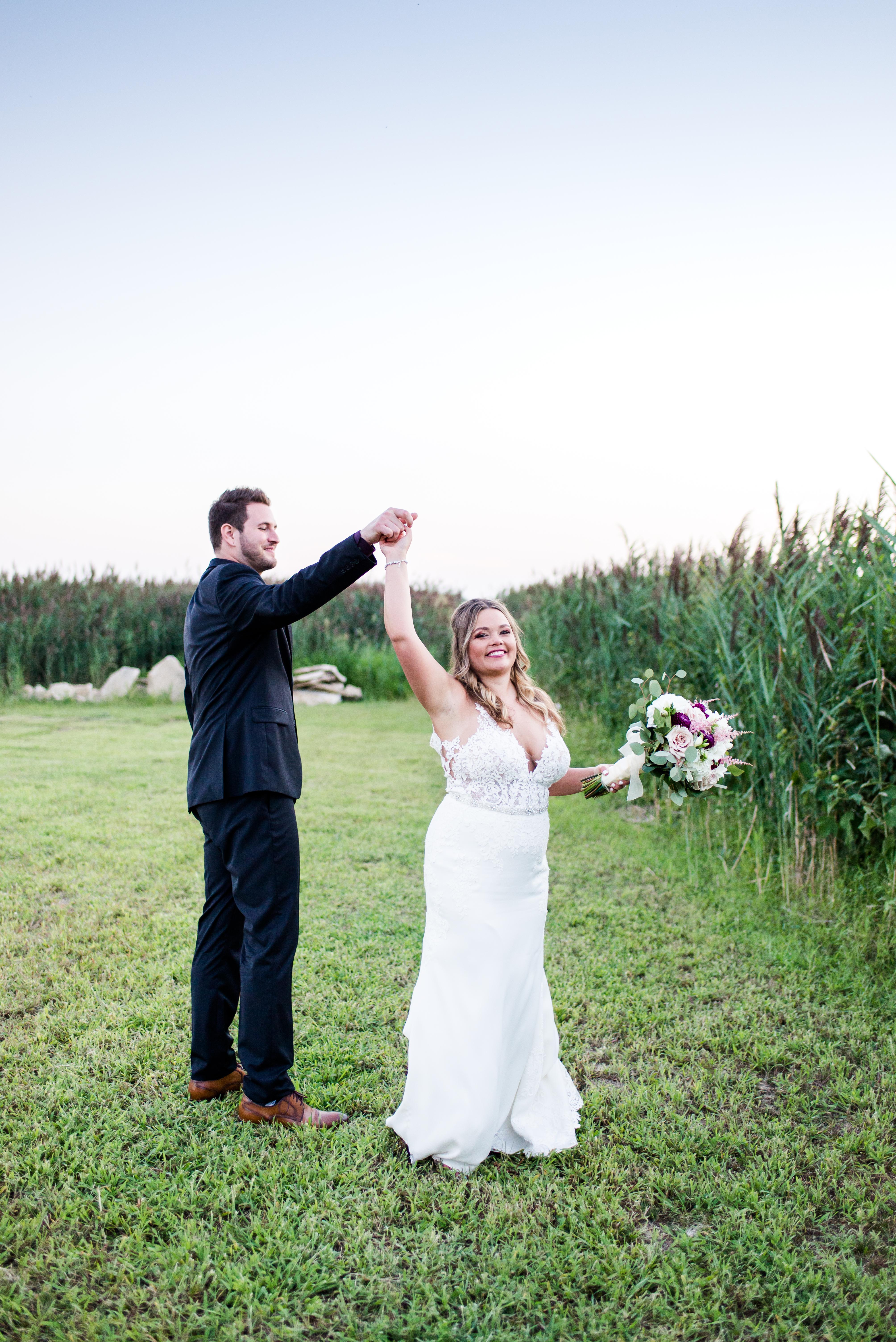 reception-thousand-acre-barn-wedding-and