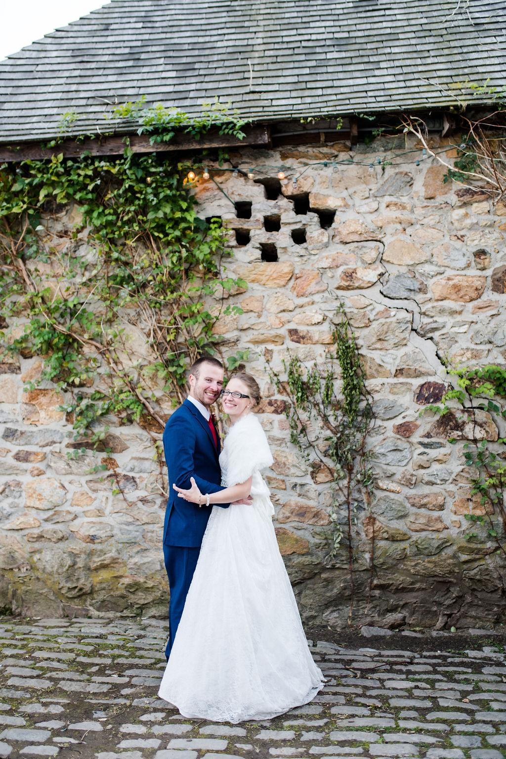 portraits-lauxmont-farms-fall-wedding-an