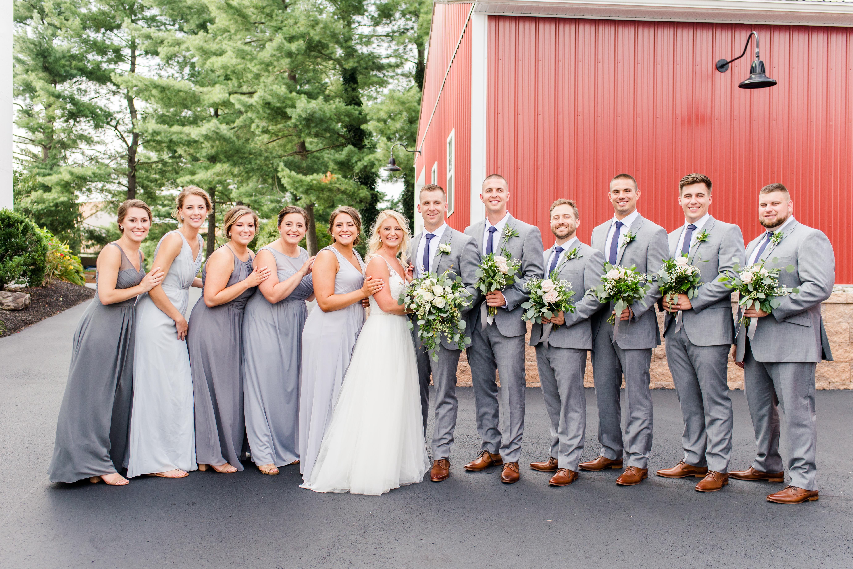 bridal-party-look-barn-on-bridge-wedding