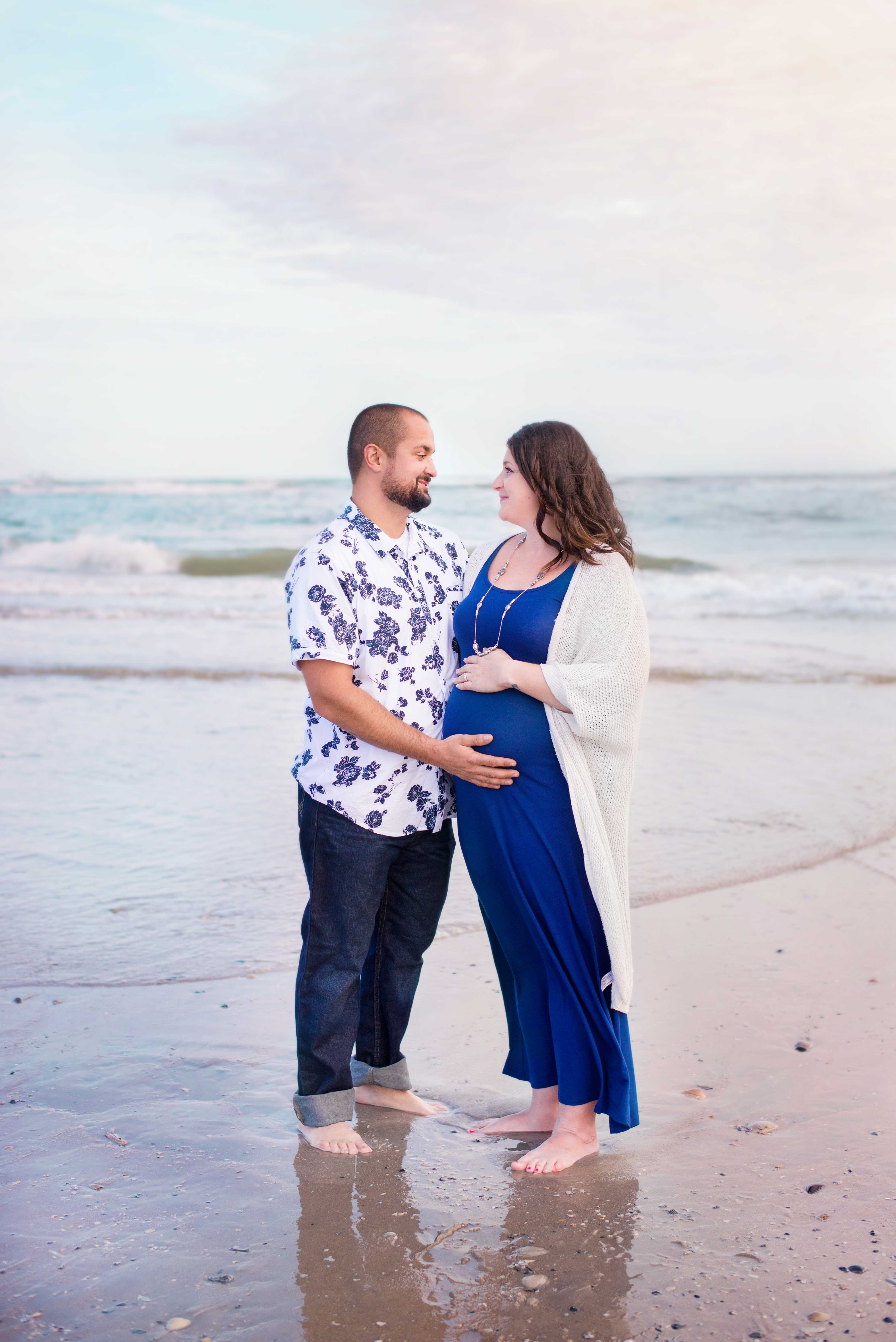 Family_Maternity_Beach_Pregnancy_Photos_Brigantine_New_Jersey_Sunset