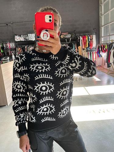 Sweater eye spring