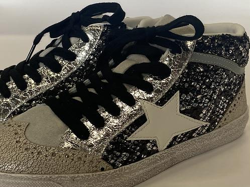 Shoes black 360