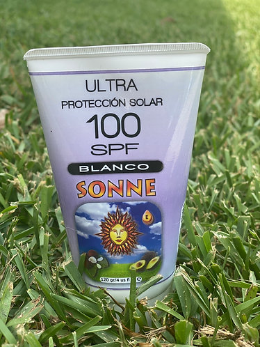 Protector solar 100
