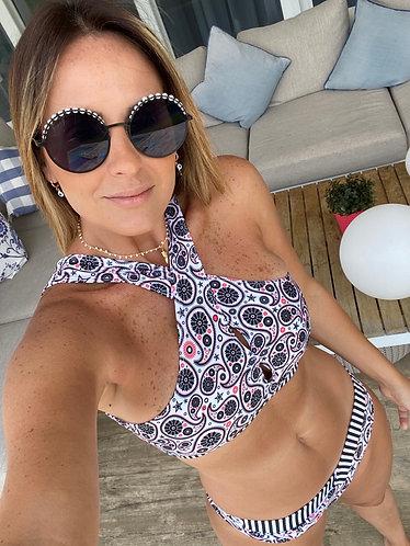 Bikini Jenny