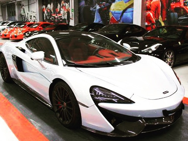 McLaren 570 GT - Luxury Car Dealer Milano - Japan Protection