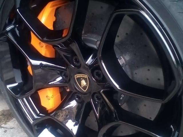 Cerchio in Lega Lamborghini trattato Japan Protection