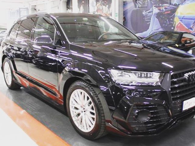 AUDI SQ7 ABT SPORTLINE in esclusiva con trattamento Japan Protection Nano Treatment - Luxury car sellers and Dealers Milano e Provincia