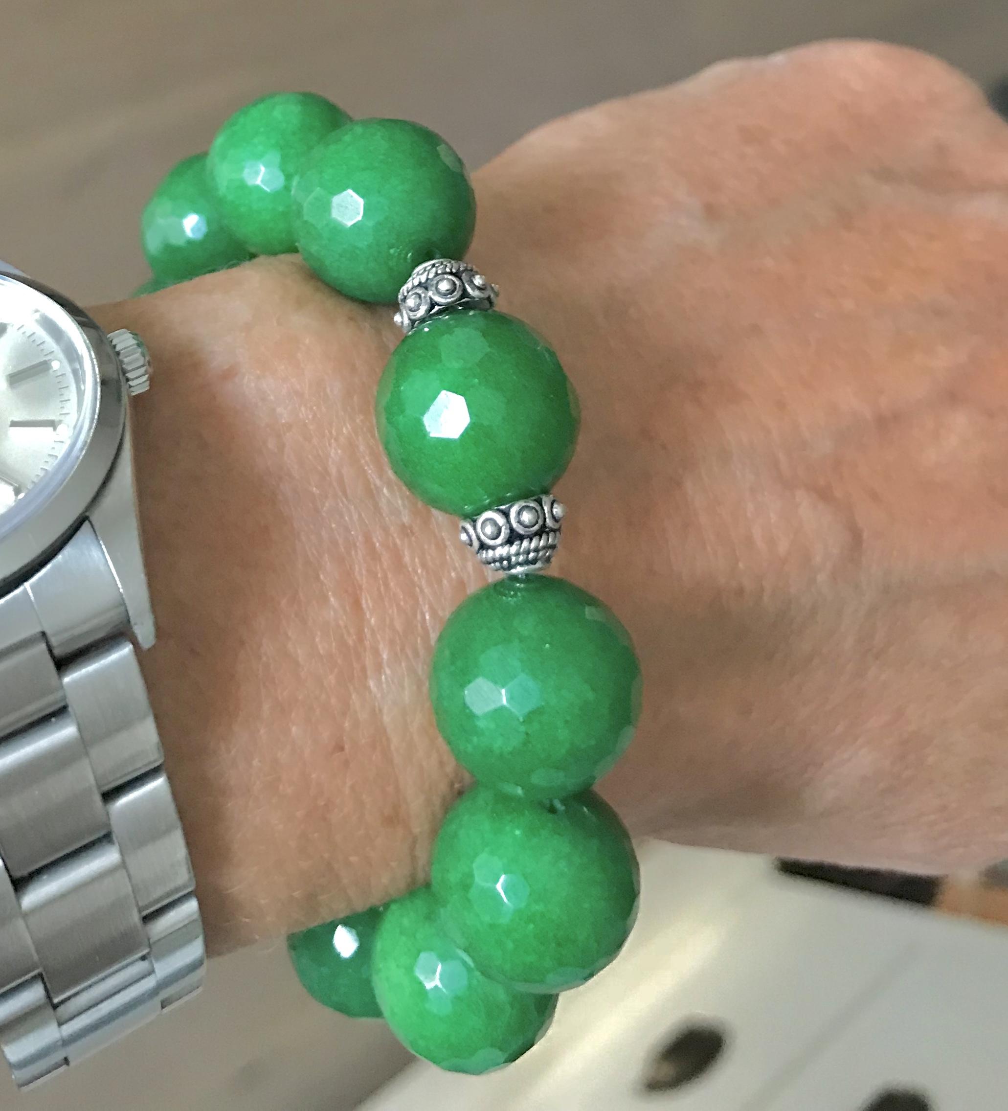 Jade Flaschengrün