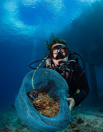 Bonaire Dive Against Debris Fishing Line Clean Up - Photo by Amy Weir