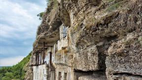 Самый высокий скальный монастырь