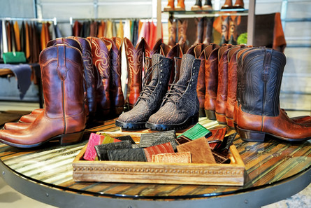 Men's Boots & Wallets