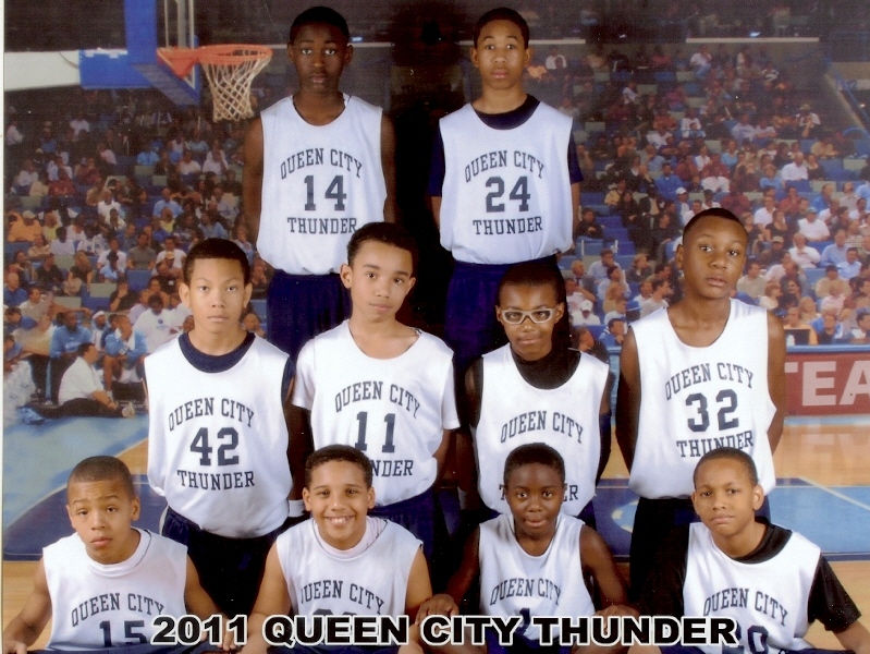 2011QueenCityThunderTeam.jpg