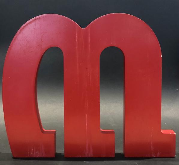 """Lettre """"M"""" rouge"""