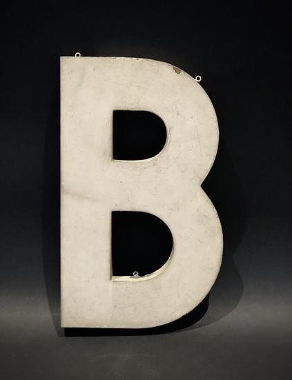 """Lettre """"B"""" blanc"""