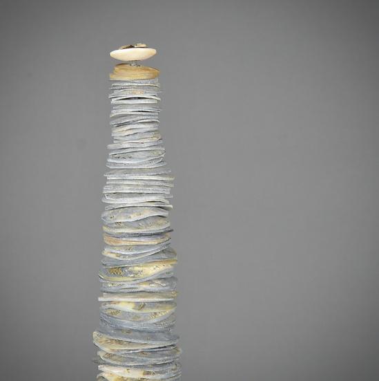 Sculpture de monnaie Papou bleue moyenne taille