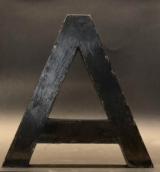 """Lettre """"A"""" noir"""