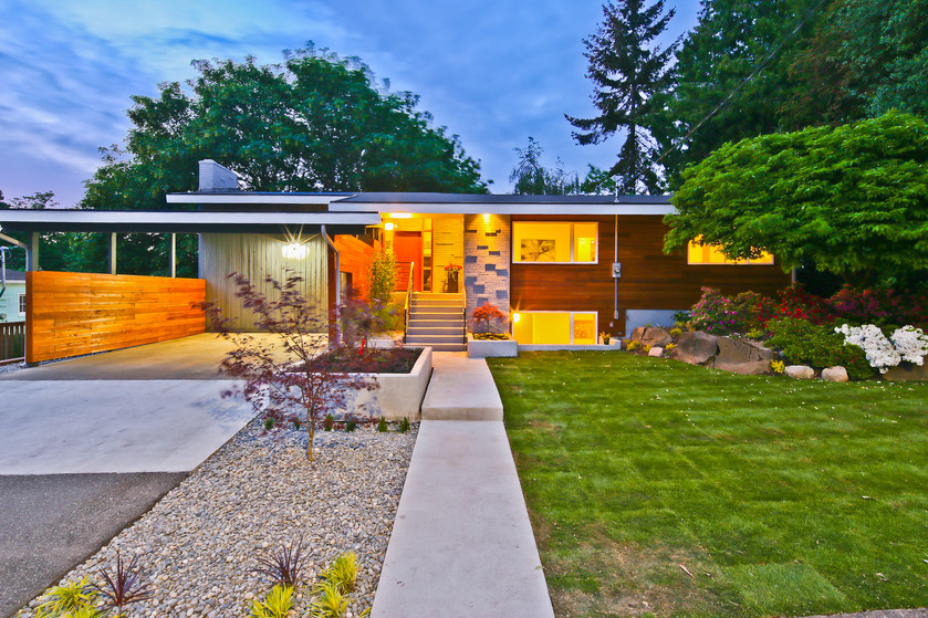 Spectacular mid-century modern perfectly blends Then and Now