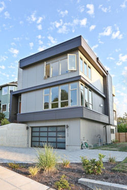 West Seattle Modern Shot2Sell