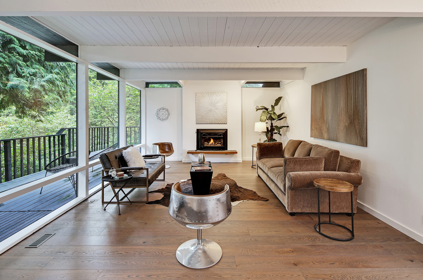 Beautiful and stylish NW contemporary
