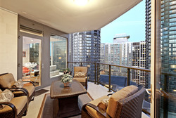 Luxury Condo Seattle Shot2Sell