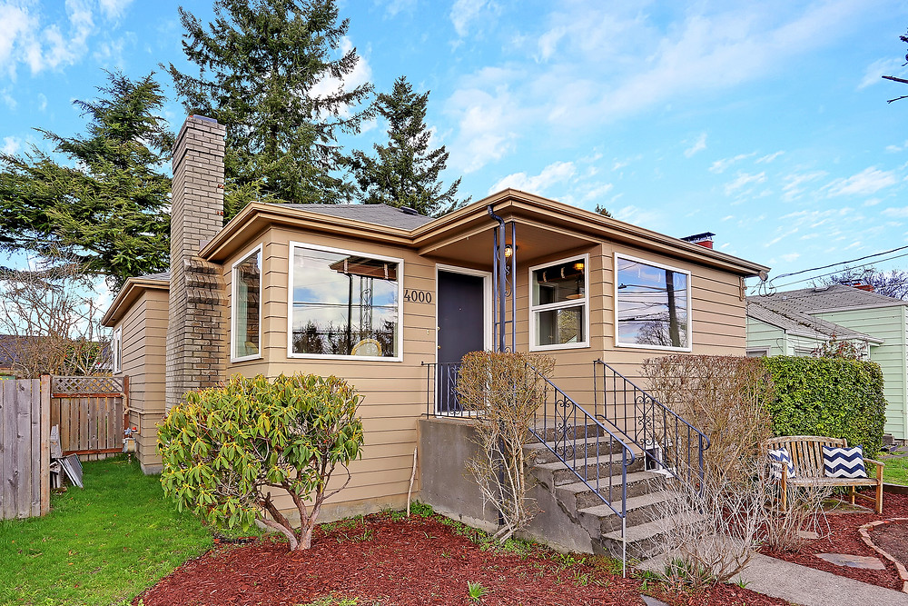 Shot2Sell Christophe Servieres Seattle Real Estate Photographer Cape Cod House