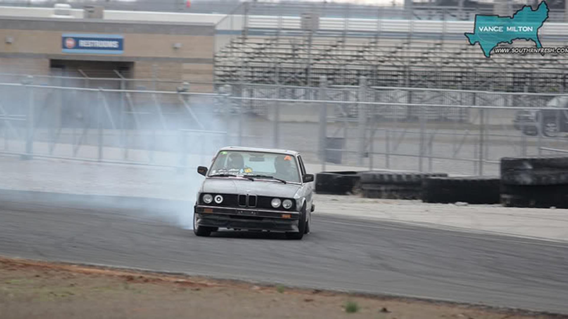 David Drifting 1985 BMW 535i. Nashville Super Speedway