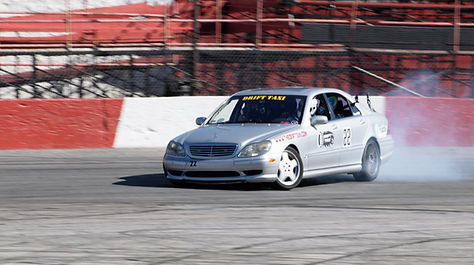 Drift Taxi Drive David Adams in his Mecedes-Benz S600
