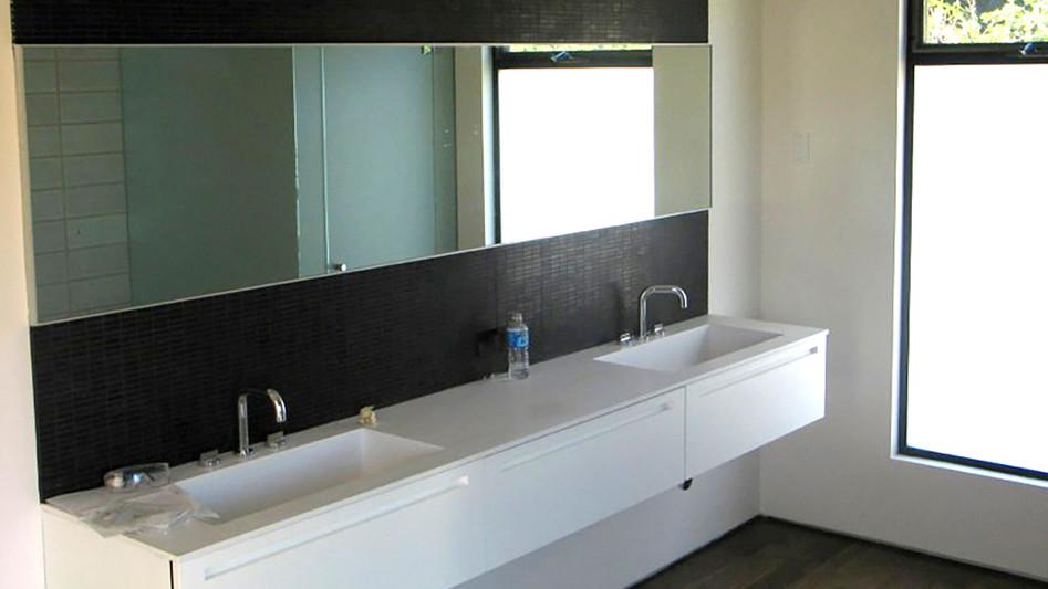 Bathroom 16