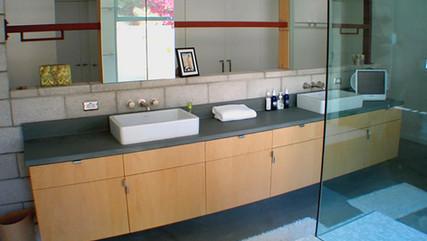 Bathroom 08