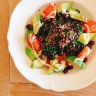 Kale, quinoa, avocado and grapefruit salad